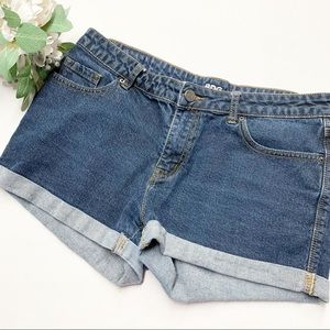 BDG Alexa mid rise 5 pocket denim shorts 31W